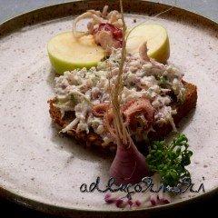 Frischkäse-Rezept mit Meeresfrüchte, Rettich, Kresse, Apfel, Senfkörnern