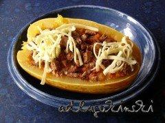 Spaghettikürbis mit Füllung