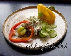 ☕ Rezept: Frischkäsecreme mit Paprika, geräucherter Pangasius, Gurke, Petersilie, Brennesselsamen | Kulturmagazin 8ung.info