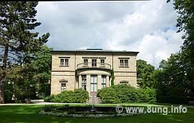 ♫ Parsifal in Bayreuth 2011 - betende Hände bei (fast) jeder Gelegenheit Kulturmagazin 8ung.info Dorle Knapp-Klatsch