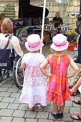 ☛ St. Georgen swingt – ein Stadtteil feiert Kulturmagazin 8ung.info Dorle Knapp-Klatsch