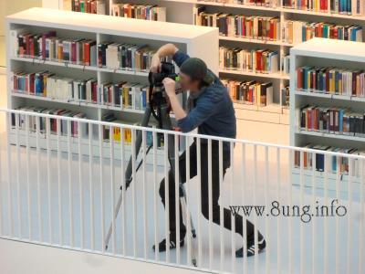 Bild des Tages: Sehen und gesehen werden Kulturmagazin 8ung.info Dorle Knapp-Klatsch