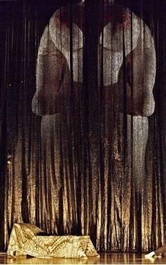 ♫ Oper Stuttgart: Die glückliche Hand von Arnold Schönberg - Kulturmagazin 8ung.info Dorle Knapp-Klatsch