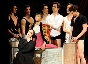 ♫ Ballett Stuttgart: Gaîté Parisienne - Arbeiten? Arbeiten? Arbeiten? | Kulturmagazin 8ung.info