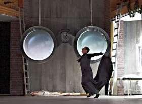 ♫ Inhalt / Handlung: Draußen vor der Tür - Oper von Xaver Paul Thoma | Kulturmagazin 8ung.info