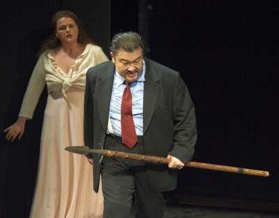 ♫ Götterdämmerung in der Oper Stuttgart - Pläsier mal vier Kulturmagazin 8ung.info Dorle Knapp-Klatsch