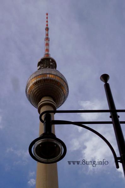 Bild des Tages: Berliner Funkturm - so klein und doch so groß | Kulturmagazin 8ung.info