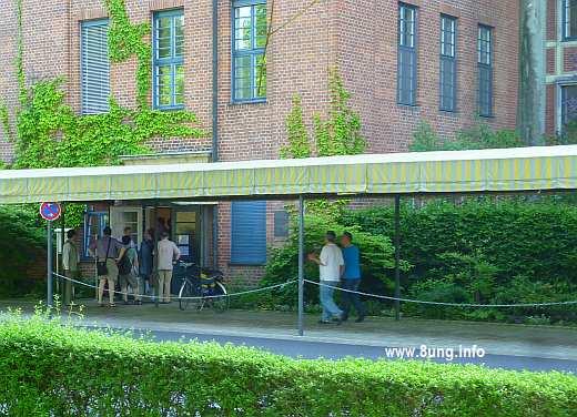♫ Probenbeginn des Bayreuther Festspielorchesters 2013 | Kulturmagazin 8ung.info