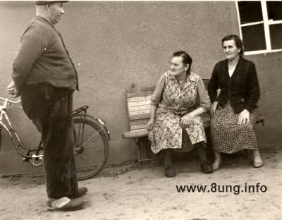 ☺Gesellschaftsspiele anno 1955 - wer verschaukelt wen? | Kulturmagazin 8ung.info