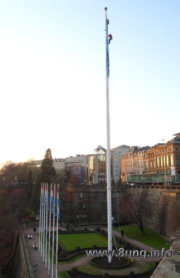 Beruf an der frischen Luft: Fahnenmast Kletterer in Luxemburg