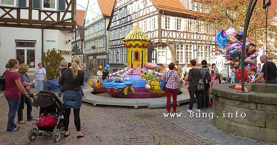 ☼ Wetter am 2. Oktober 2014: Kinderkarussell in Kirchheim | Kulturmagazin 8ung.info