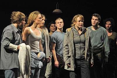 Szenen aus Peer Gynt – Kopffüßler im Reich der Trolle | Wilhelma Theater StuttgartM.KORBEL2014©6969