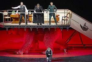 Mussorgskij in der Oper Stuttgart