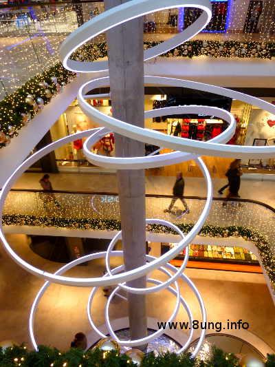 Bild des Tages: Licht-Spiralen im Weihnachtsstress | Kulturmagazin 8ung.info