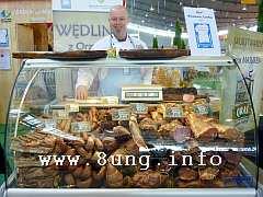 Metzger aus Masuren an der Wursttheke