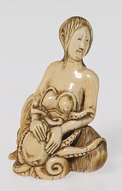 taucherin-und-krake-netsuke-japan-edo-zeit-18-jh-foto-anatol-dreyer-copyright-linden-museum-stuttgart