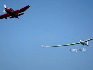 Segelflugzeug wird hochgezogen