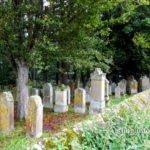 Jüdischer Friedhof, Mauer und Grabsteine
