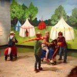 Kinder in der Ritter-Ausstellung im Landesmuseum Stuttgart