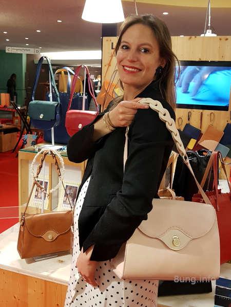 Damenhandtasche mit Designerin
