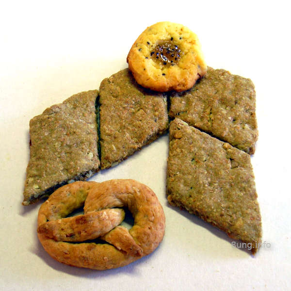 Kekse rund, eckig und als Brezel
