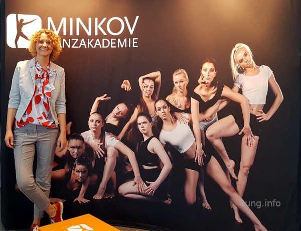 Messestand der Minkov Tanzakademie