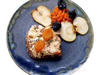 ☕ Rezept: Apfel, Birne, Möhre, Trockenobst, Kürbiskerne mit Frischkäse | Kulturmagazin 8ung.info