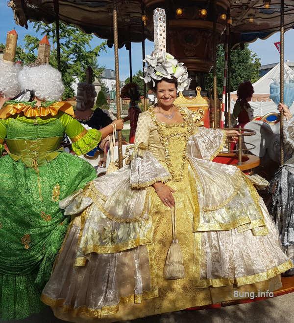 Barock in Gmünd: Prachtvolle Kleider, Perücken, Hüte