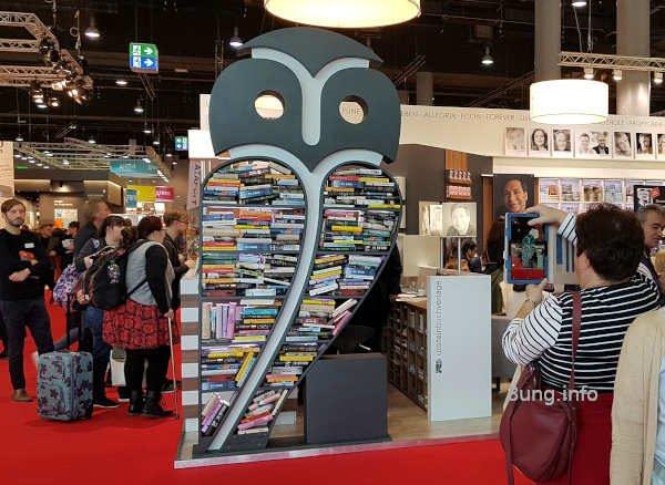 Büchereule auf der Buchmesse in Frankfurt