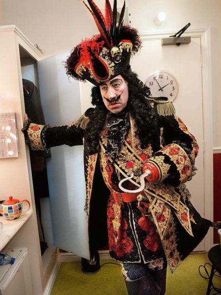 Time To Act – Simon Callow in Peter Pan
