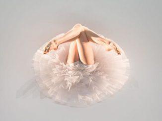 The Dying Swans Project - Itzik Galili (c) Photo Jeanette Bak Press