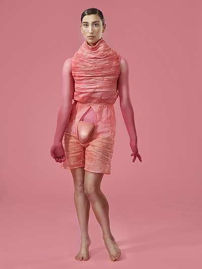 Zelner: BULLSHIT Plakatmotiv, Francesca Ciaffoni, Foto: Maks Richter