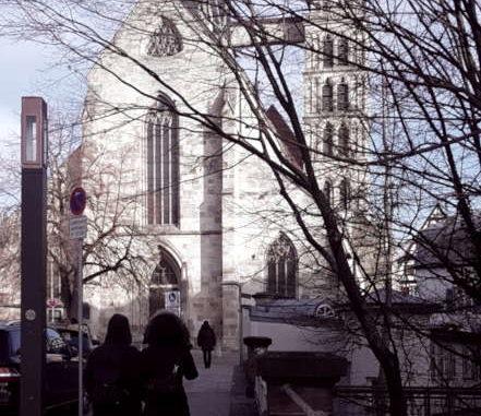 Kirche in Esslingen, kalt