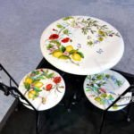 Gibt es Tische und Stühle aus Keramik?