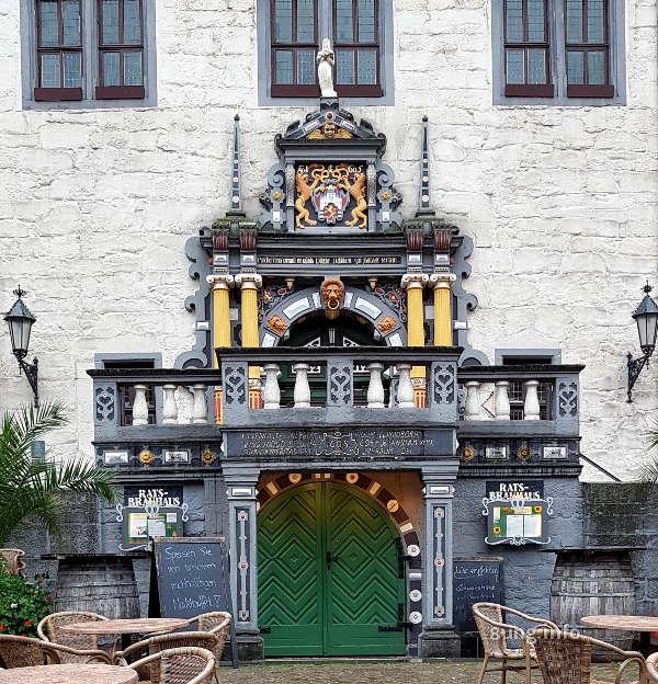 Tür am Rathaus von Hann. Münden