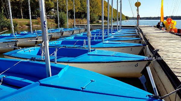 blaue Boote am Maschsee