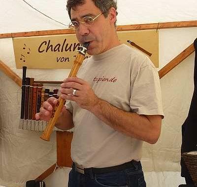 Wie heißt der Handwerker, der Instrumente baut?