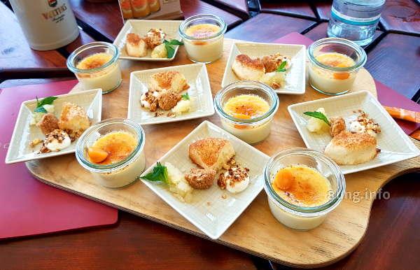 kleine Teller mit  unterschiedlichen süßen Leckereien