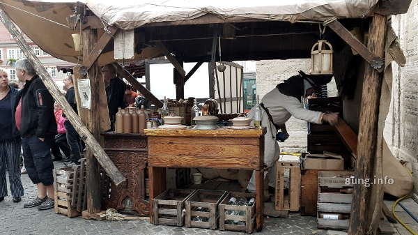 Bierbrauer auf dem Mittelaltermarkt