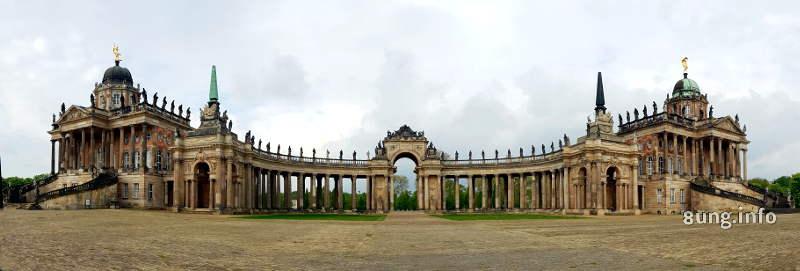 Torhaus in Potsdam Sanssouci Neues Palais