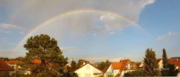 regenbogen nach einem Gewitter