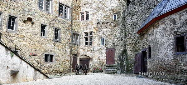 ☛ Lahntal: Burg Runkel - wo Prinz und Prinzessin zuhause sind